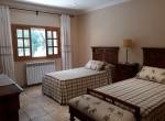 sleeping room twin beds
